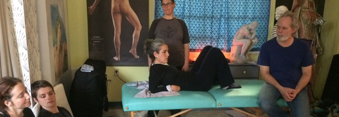 photo of students in Shiatsu certification program
